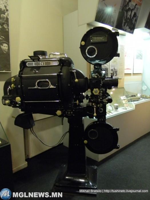 Кинокамера Сталину, подарки, страна